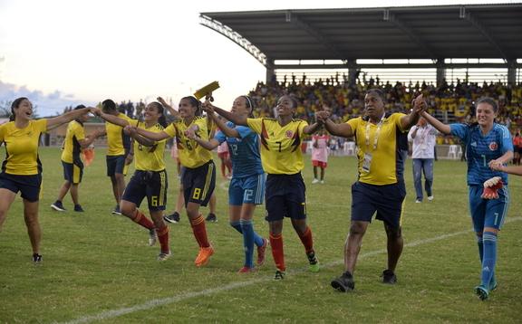 Colombia, campeón invicto del fútbol femenino de los Bolivarianos