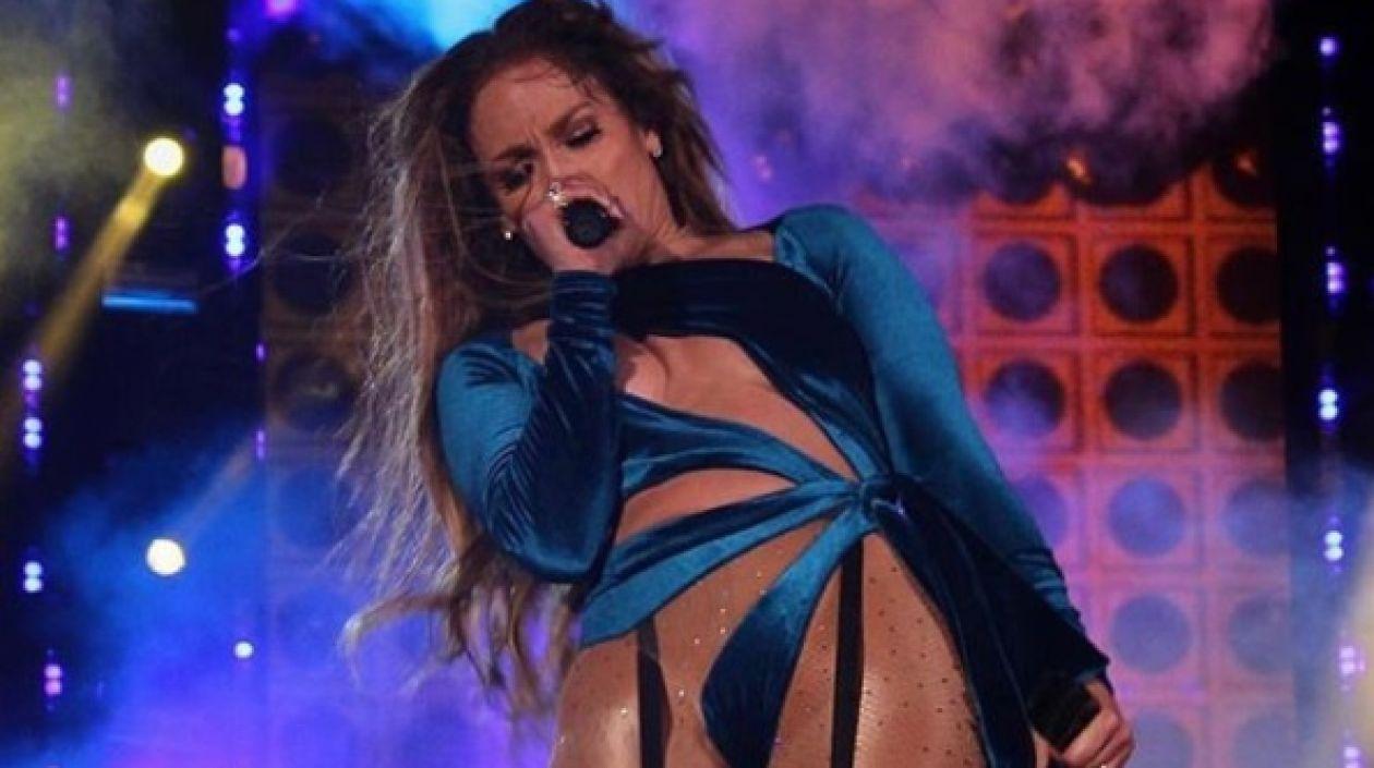 El osado vestuario que usó Jennifer López en uno de sus conciertos