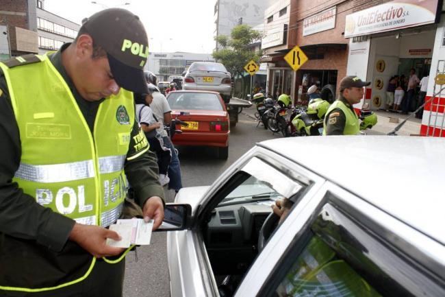 Contraloría le pone la lupa a las multas de tránsito en Colombia