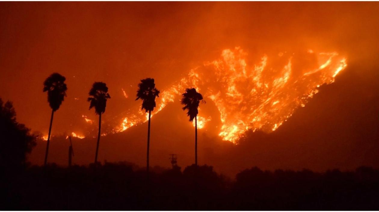 Los incendios han arruinado desde hace dos días el sureste de California y ha consumido ya más de 20 hectáreas.