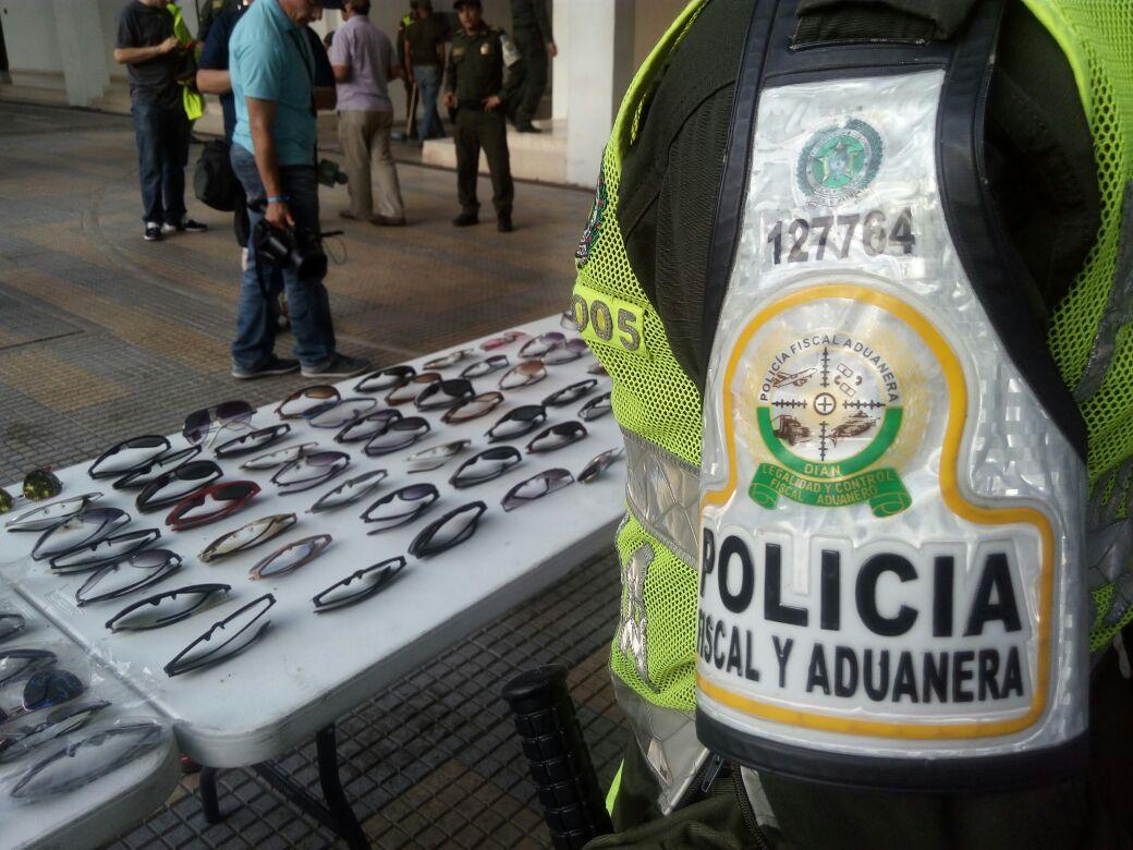 En el operativo fue incautada mercancía por 40 millones de pesos.