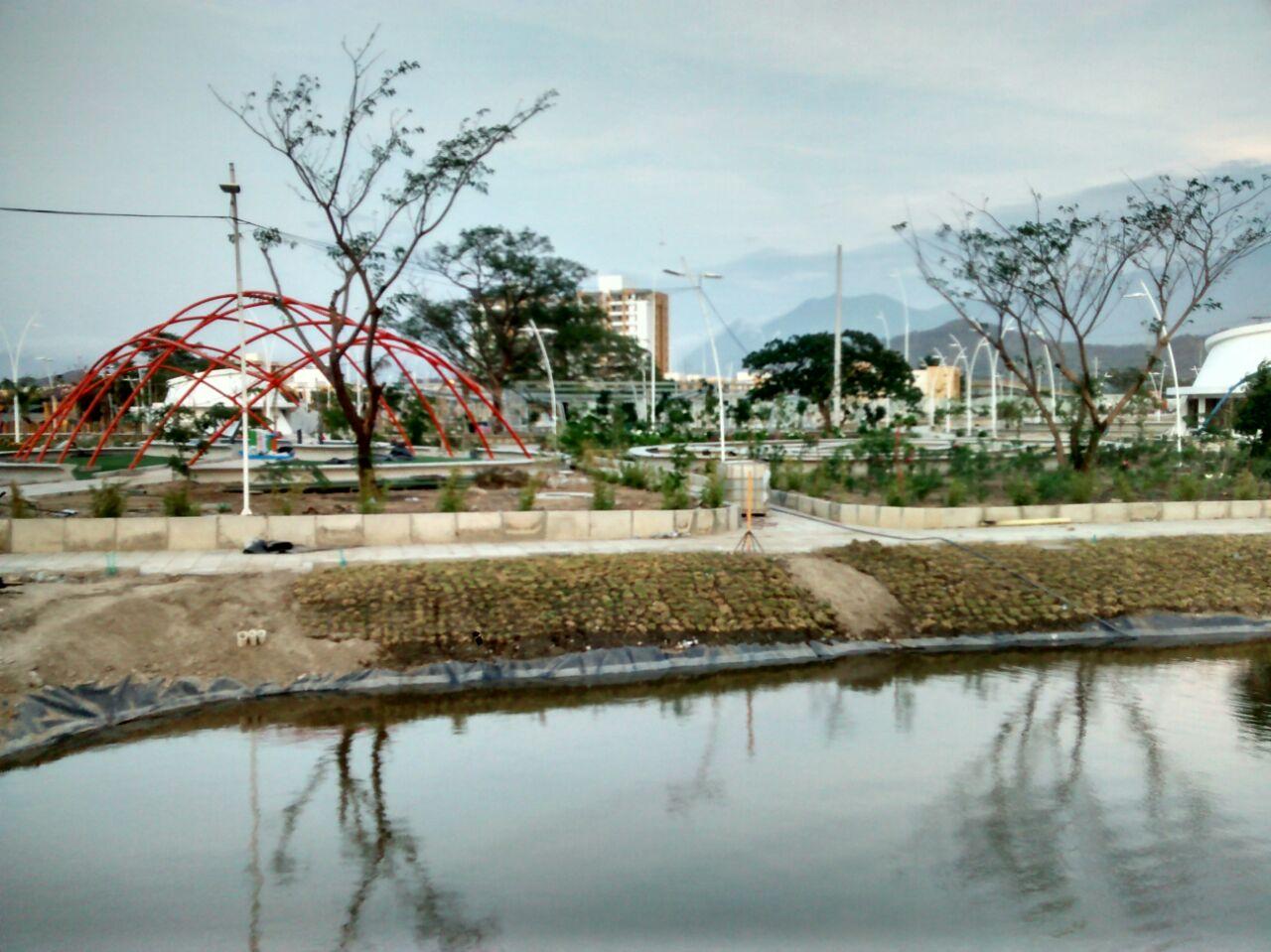 Contratista ratifica que el parque del agua lo terminan en - Que es un contratista ...