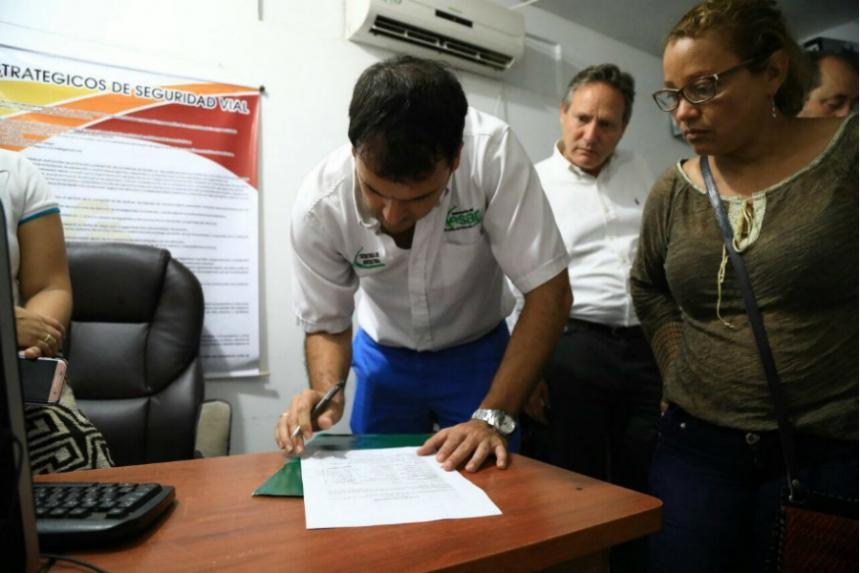 Firma acuerdo que permite levantar protesta a la altura de Bosconia