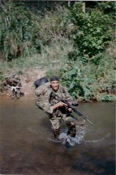 El Soldado Mata vive orgullo de su Ejercito Nacional.
