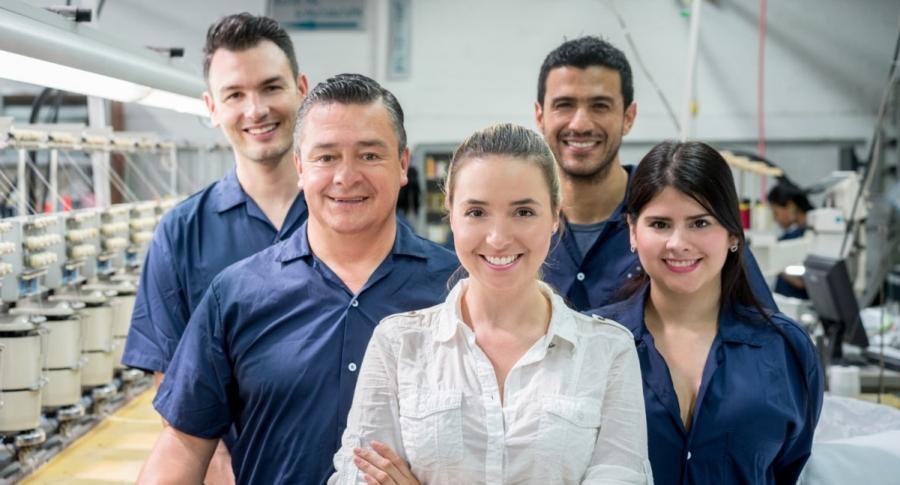 ¿Buscas empleo  2.600 empresas tienen vacantes y no es necesario ser profesional