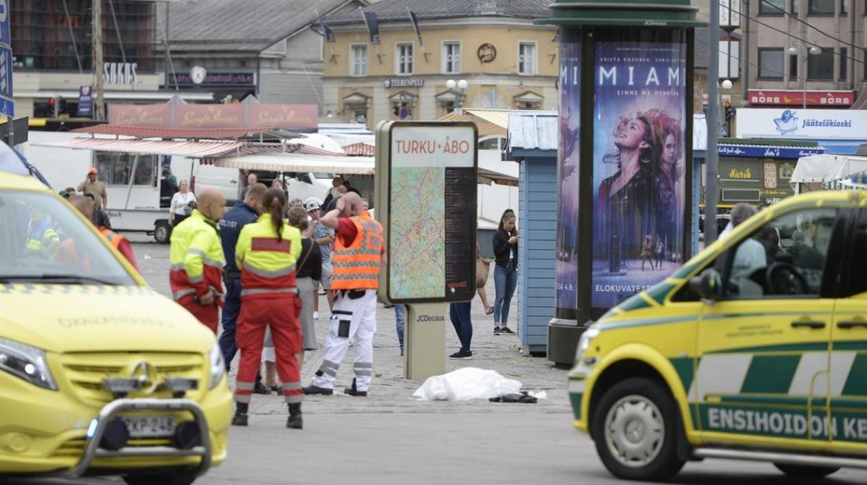 Hombre atacó con puñal a varias personas en Finlandia