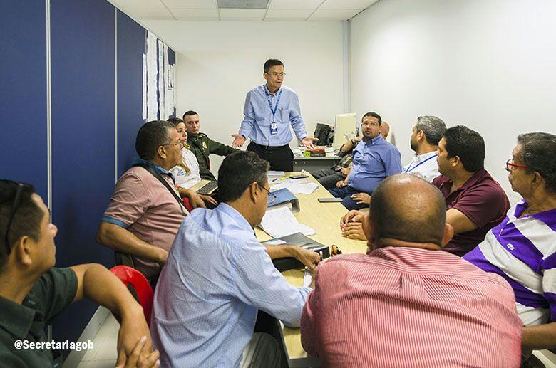 Distrito inició mesa de concertación con vendedores de la carrera quinta