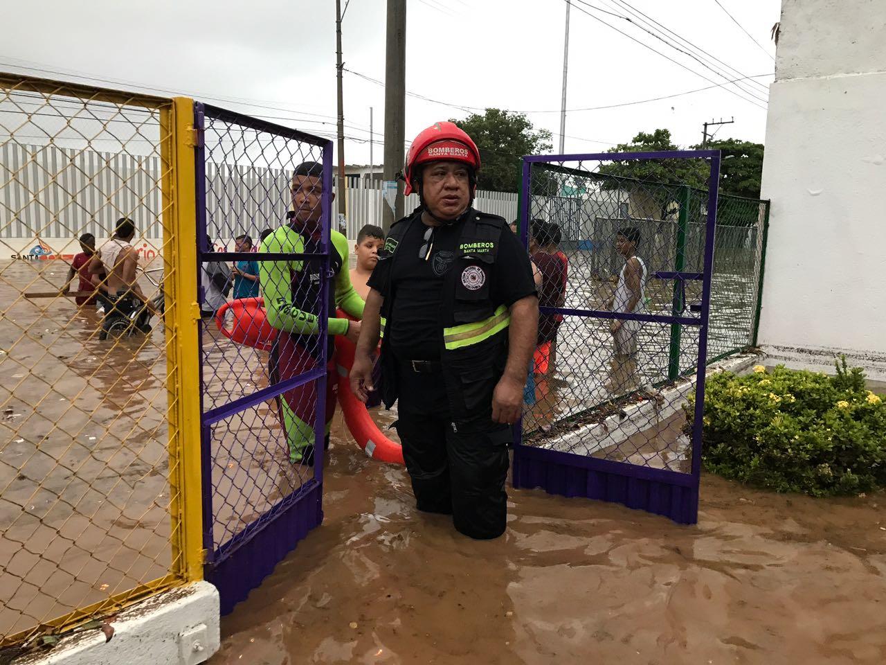 El colegio Jardín Infantil del Norte tuvo que ser evacuado por las inundaciones.