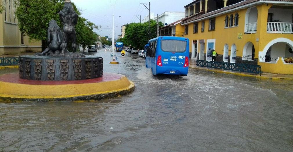 Santa Marta en alerta naranja por lluvia y creciente súbita
