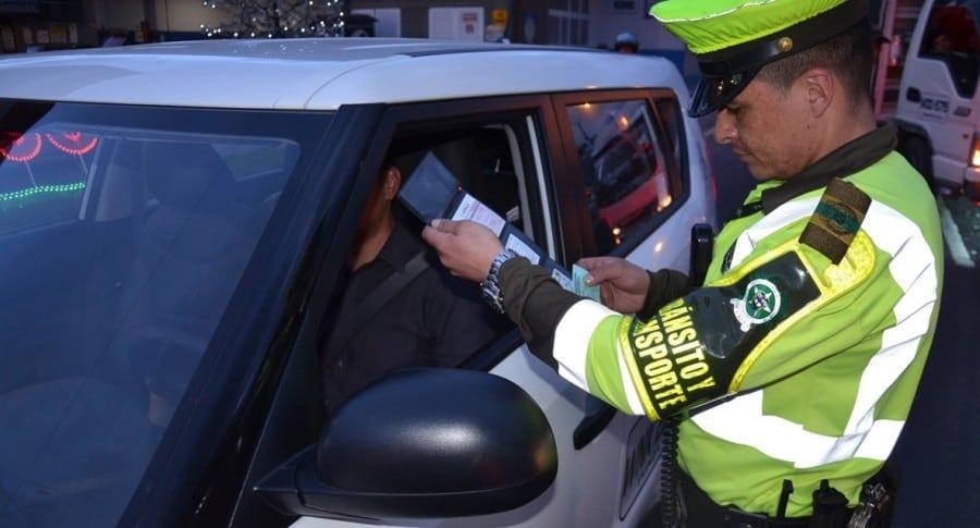 Conductores ya no tendrán que cargar el documento del SOAT
