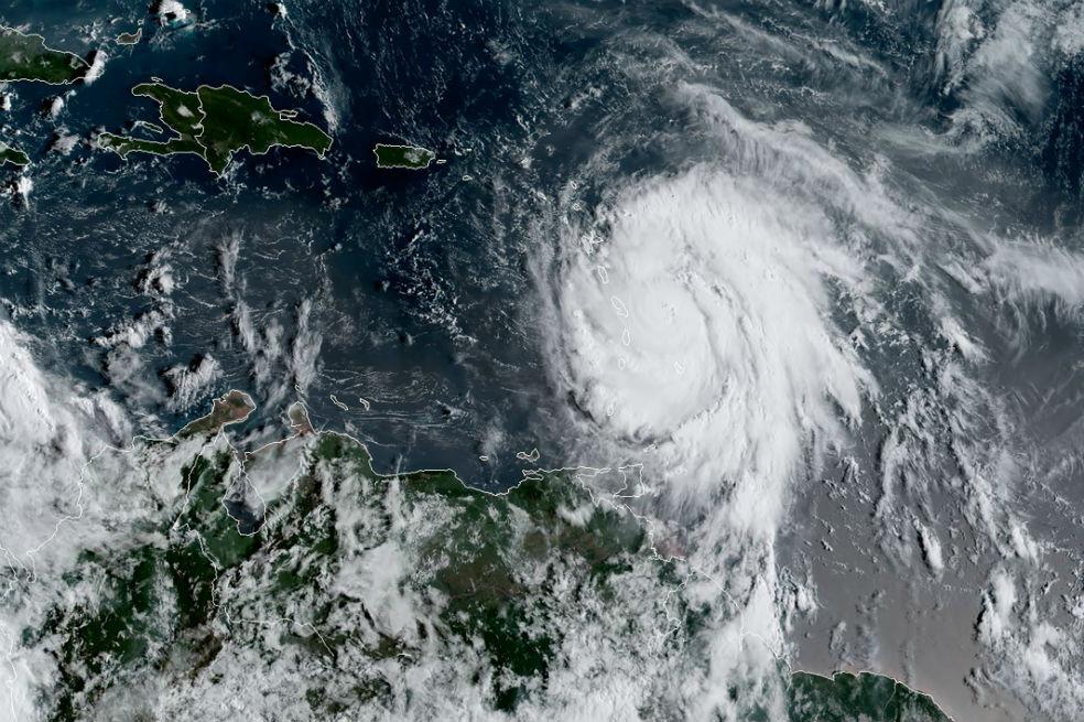 María, otro huracán de categoría 5 que amenaza a las islas del Caribe