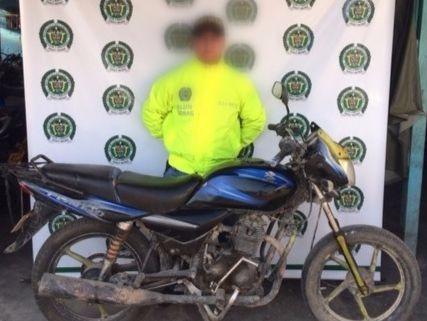 Motocicleta rescatada en Ciénaga.
