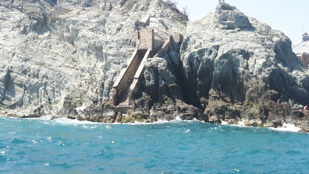 El muelle quedará a 2 kilómetros de la bahía de Taganga, justo por donde sale el emisario submarino.