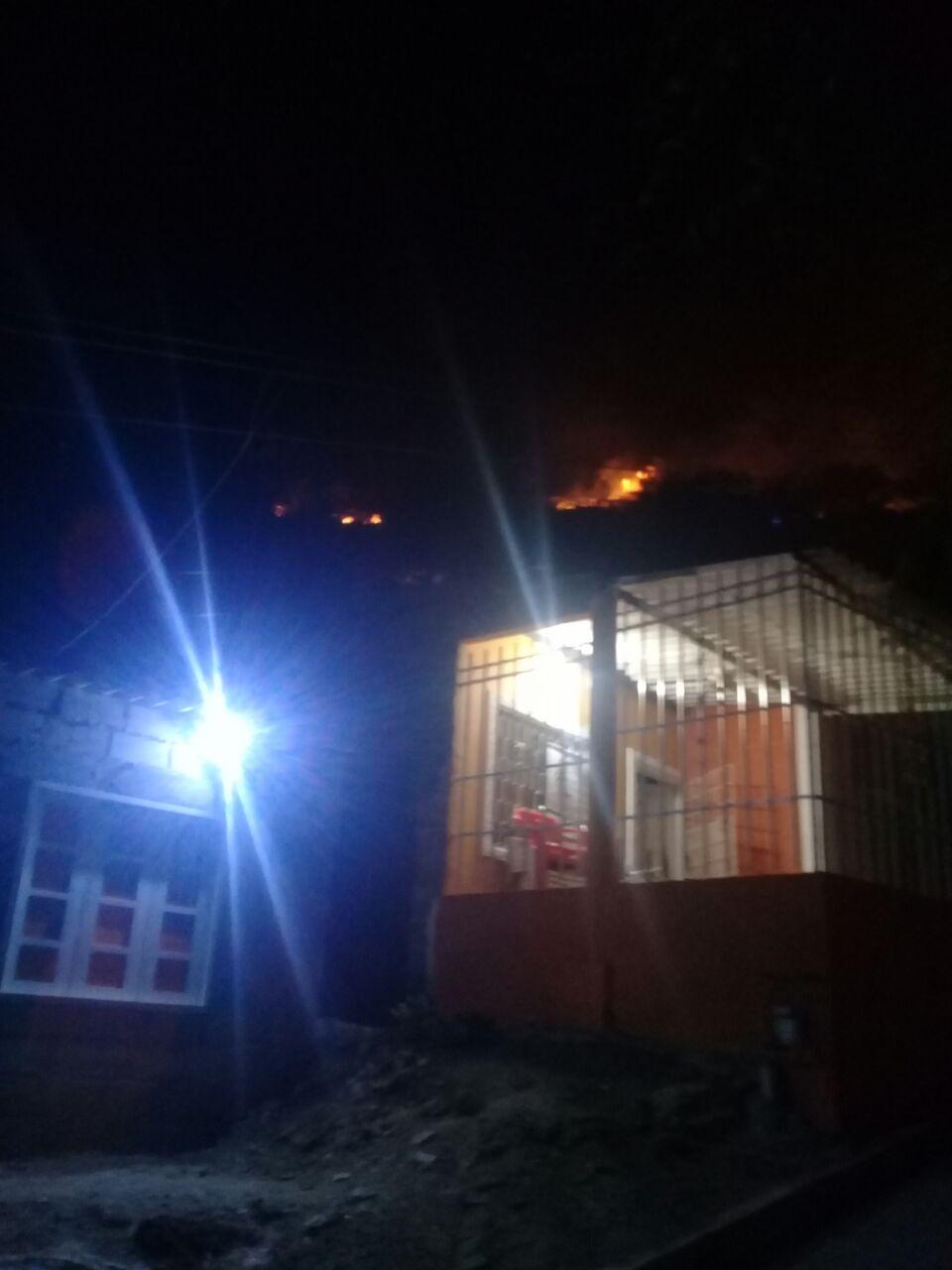 Algunas casas estuvieron en riesgos, pero no se reportan pérdidas materiales.