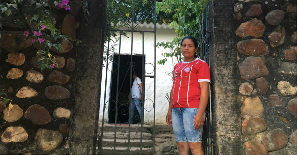 Karen Maldonado espera volver a tener en su hogar a Alit David.