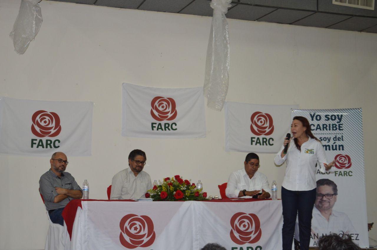 Patricia Caicedo, durante la intervención en el acto político apoyando a Iván Márquez.