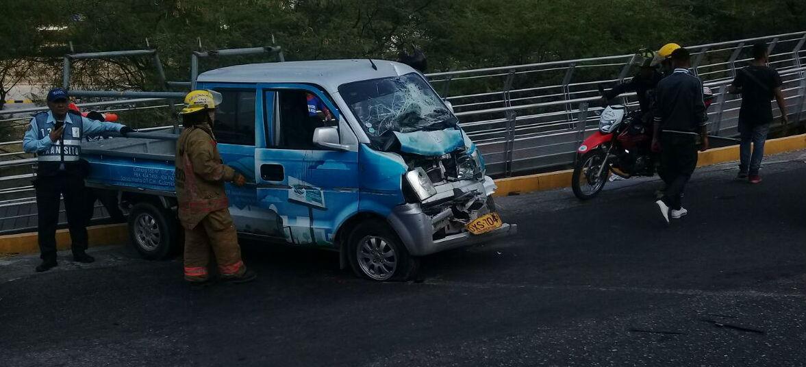 La camioneta vans involucrada en el accidente.