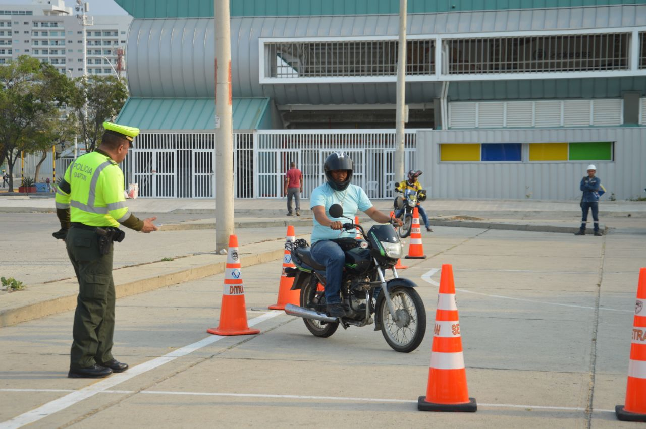 Realizaron actividad con los motociclistas.
