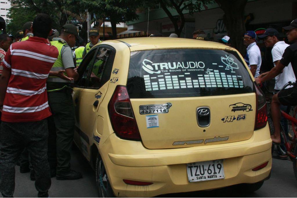 Un taxista también hizo parte de los que atacaron a la Udep.
