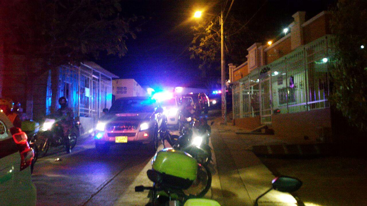 Caravanas de la Policía y otras fuerzas recorrieron los barrios más peligrosos de la ciudad para mantener la seguridad.