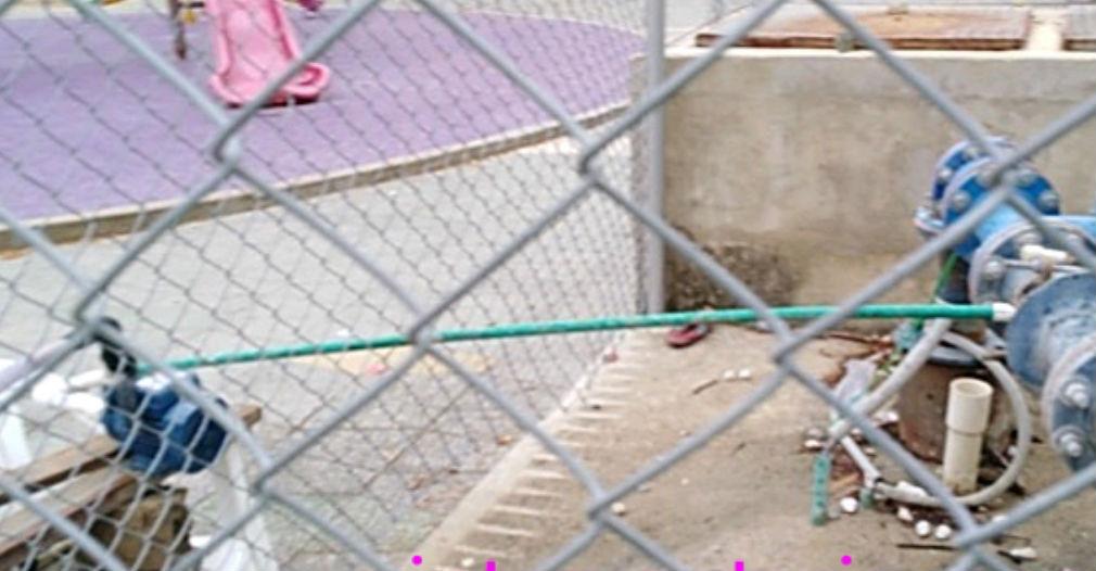 Cerraron la válvula de un pozo en la Urbanización Santa Cruz.