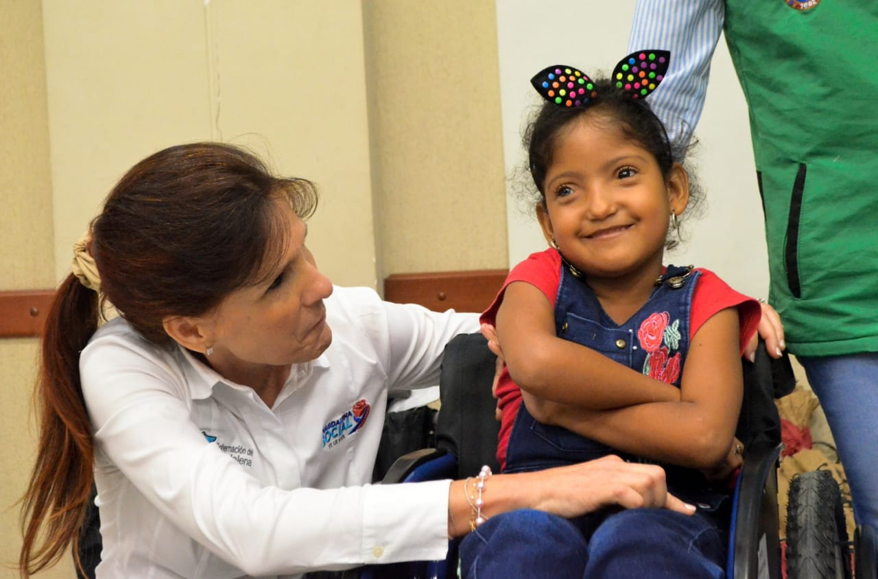 Niños con discapacidad se vieron beneficiados con esta donación.