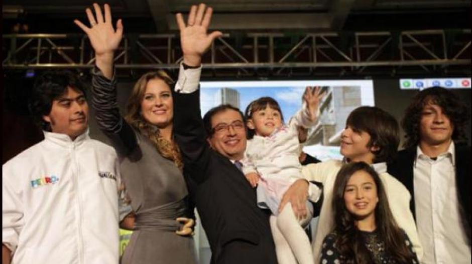 Gustavo Petro y su familia