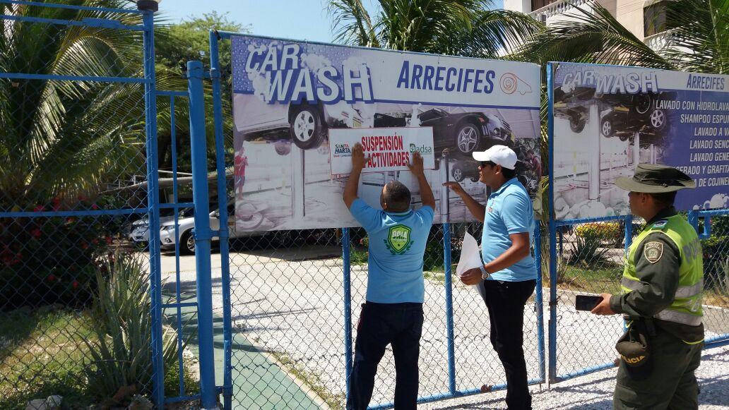 Tres lavaderos fueron sellados por el Dadsa en El Rodadero.