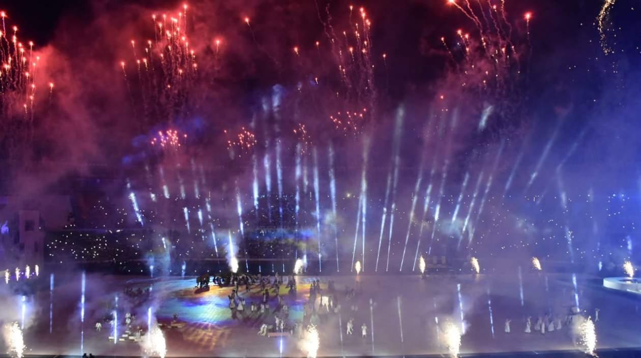 Los efectos de luces y los fuegos artificiales jugaron un papel importante.