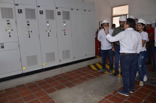 Nuevos tableros instalados en la estación de bombeo de aguas residuales.