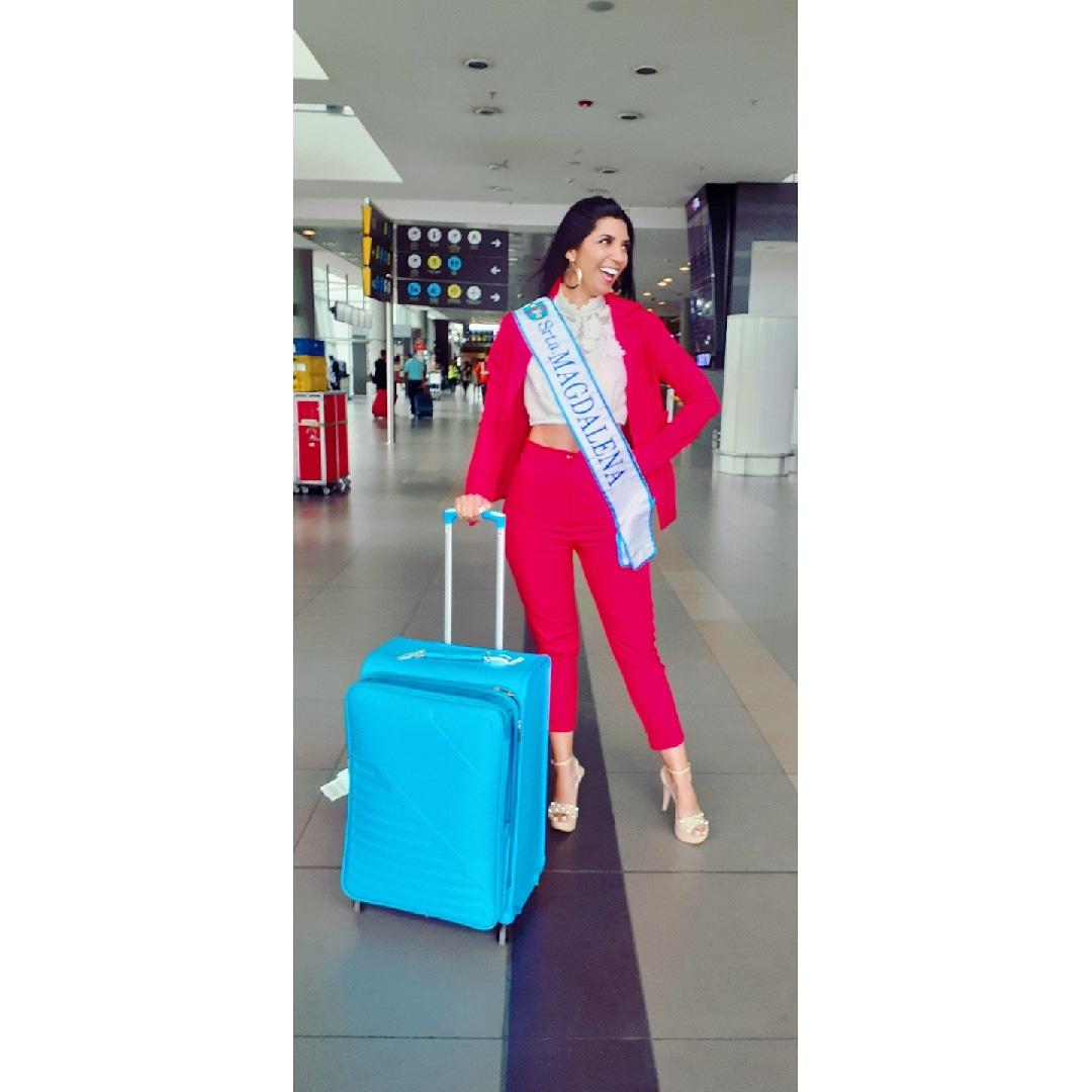 Daniela Restrepo, durante su llegada a Bogotá donde hizo el recibimiento a las candidatas.