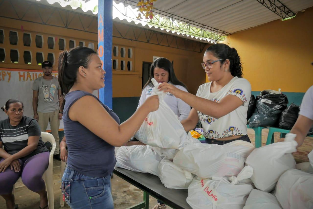 Ayuda humanitaria en Río Frío