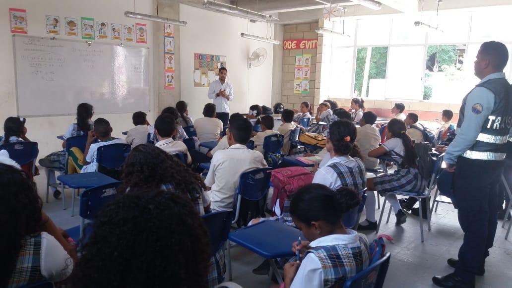 Capacitación a estudiantes