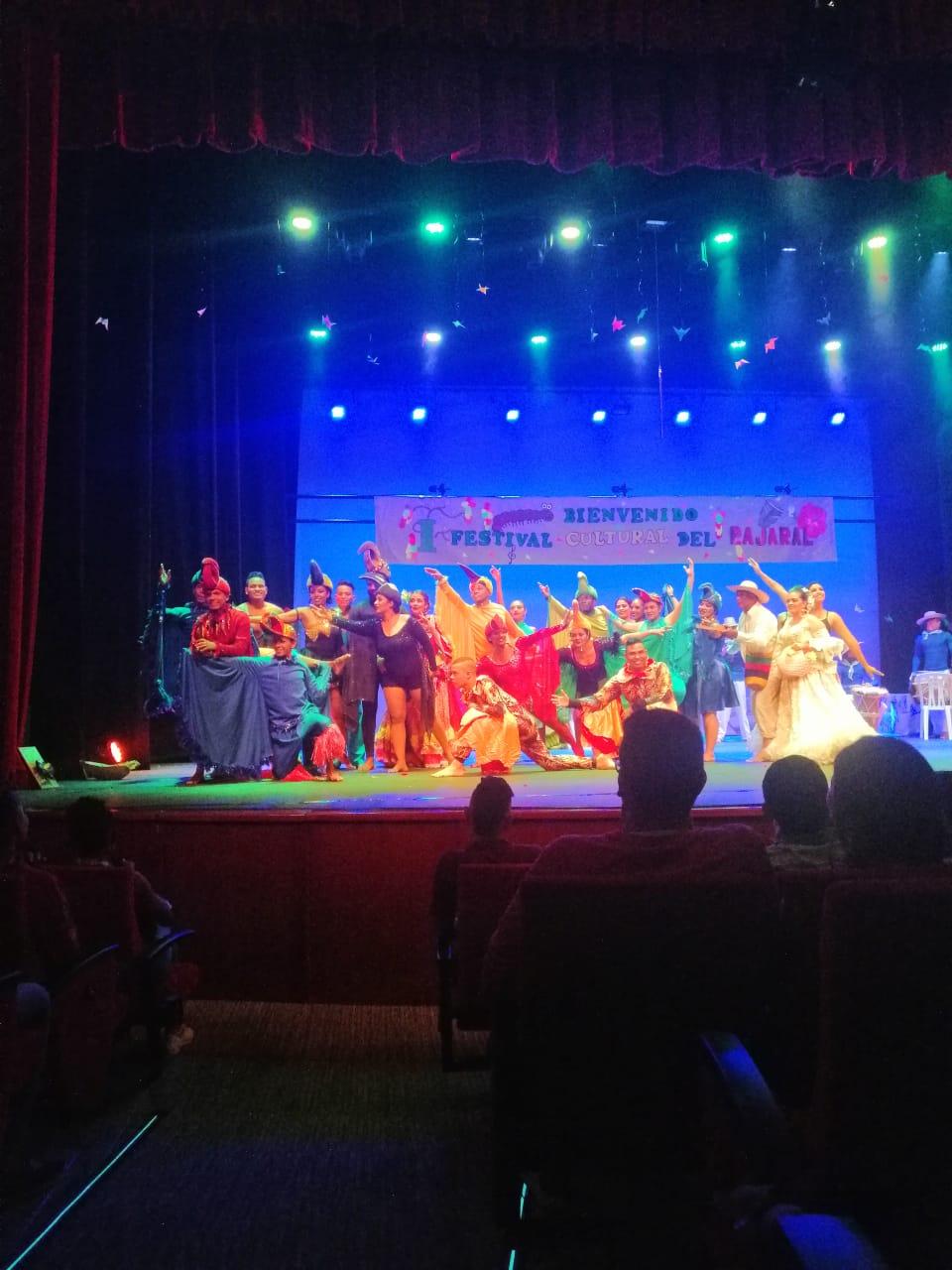 Presentación de la obra de teatro en Cajamag