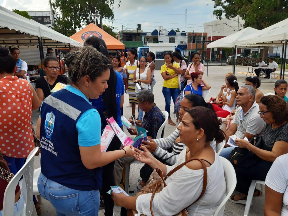 730 samarios accedieron a la 'Feria de la Equidad y el Buen Vivir' que llegó al Mercado Público - Seguimiento.co