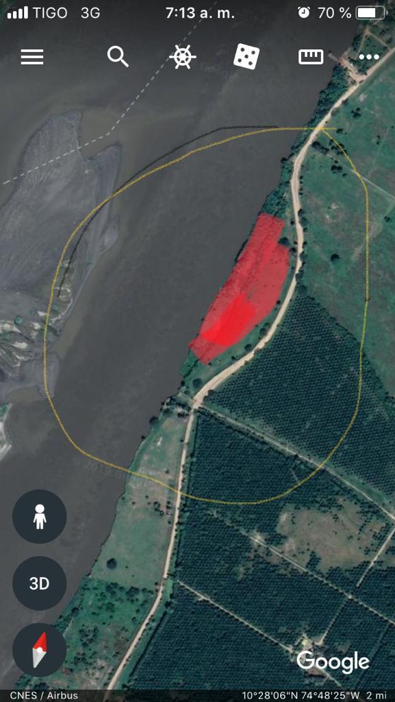 La franja en rojo es el área que ya está inundada.