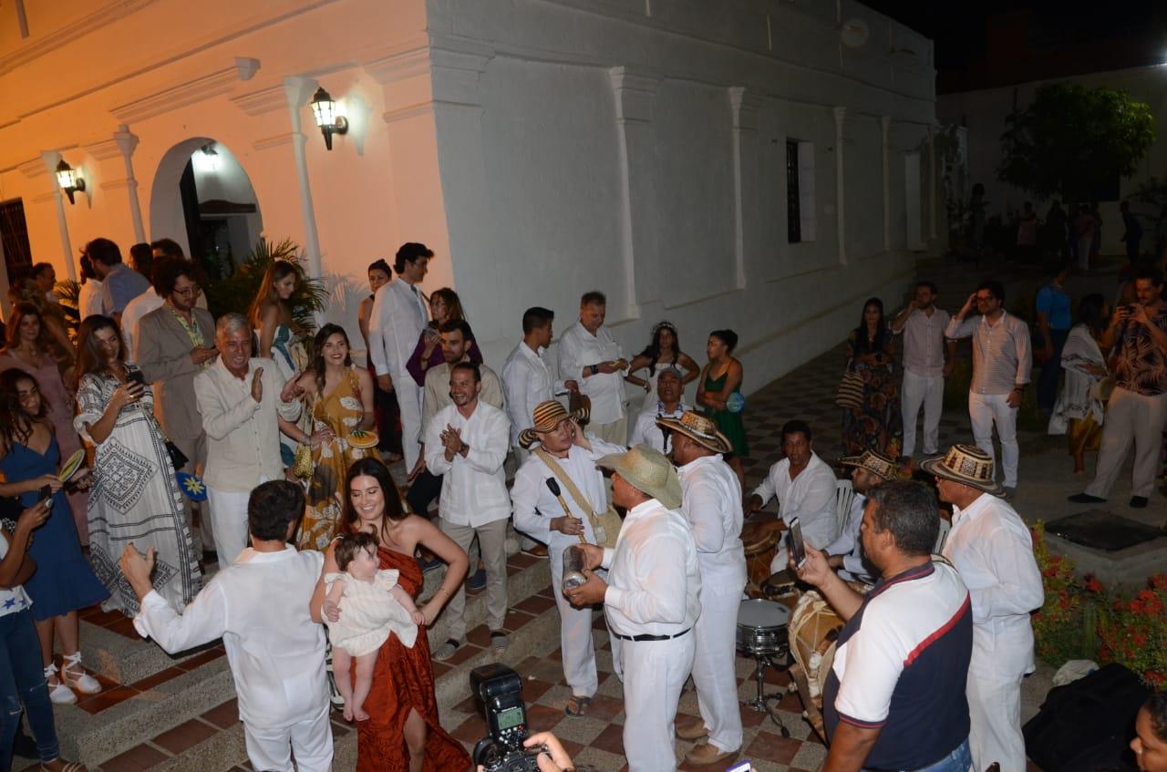 Hermanos Anaya durante su participación en la boda de Ana Laura y Juan Pablo Dávila.