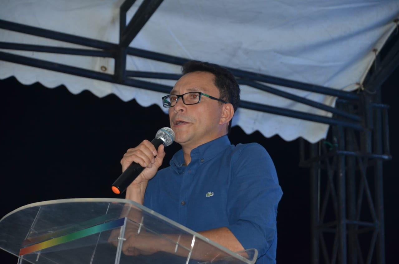 Gobernador electo Carlos Caicedo.