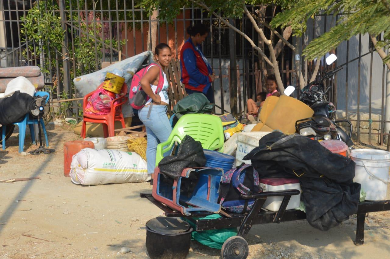 Desalojo de invasores en Ciudad Equidad.