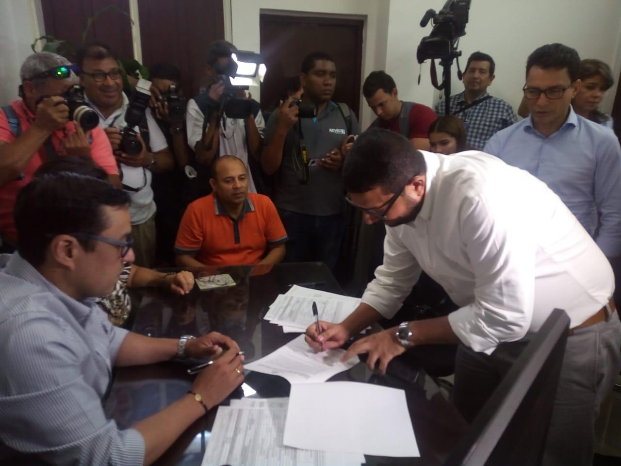 Inscripción del comité que recogerá las firmas para las candidaturas de Fuerza Ciudadana.