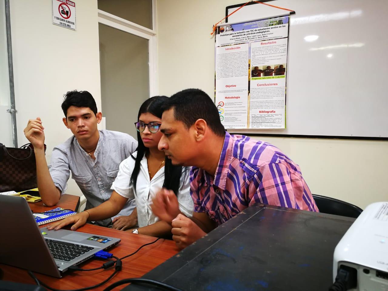 'Prototipo para la inclusión con TIC de estudiantes sordos en los escenarios de prácticas pedagógicas' tiene la capacidad de ser implementado como herramienta metodológica sobre diferentes contenidos.
