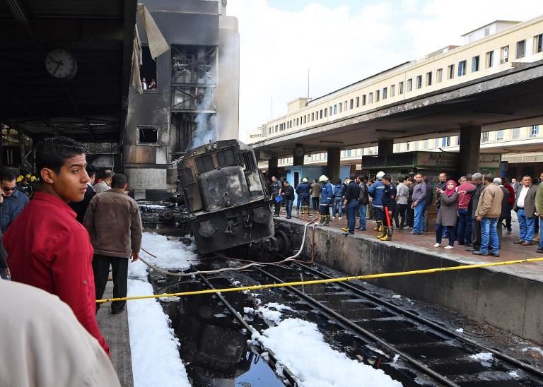 Tragedia por tren que se estrella y explota en Egipto