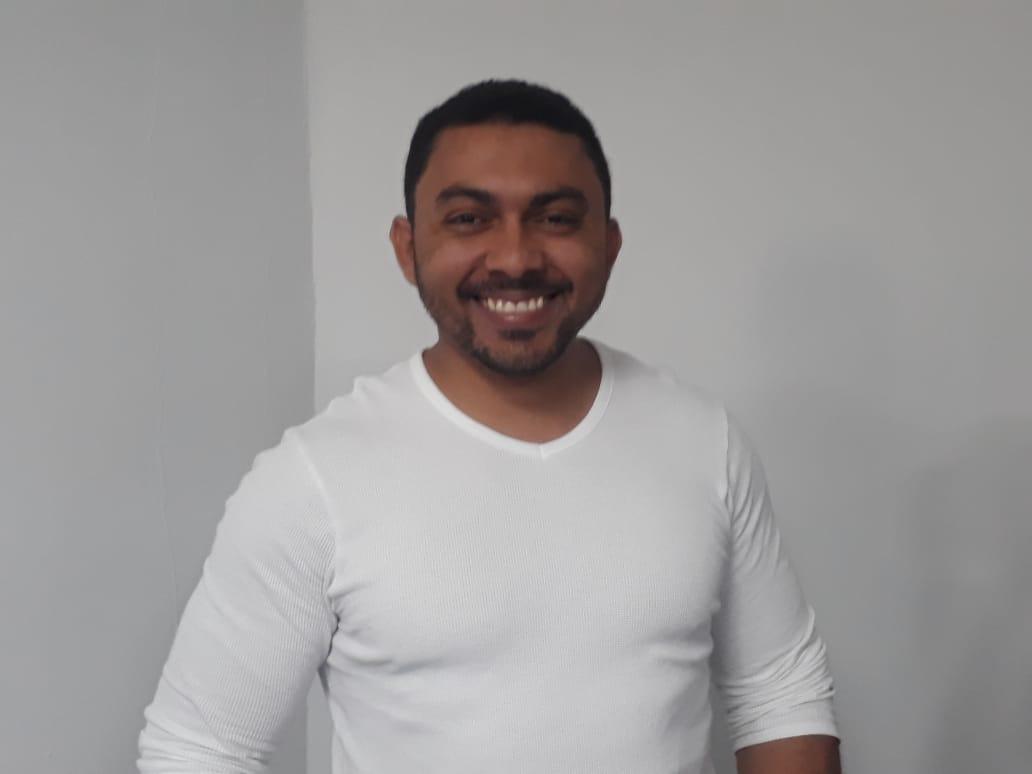 Fabián Rodríguez propietario del restaurante Rocoto