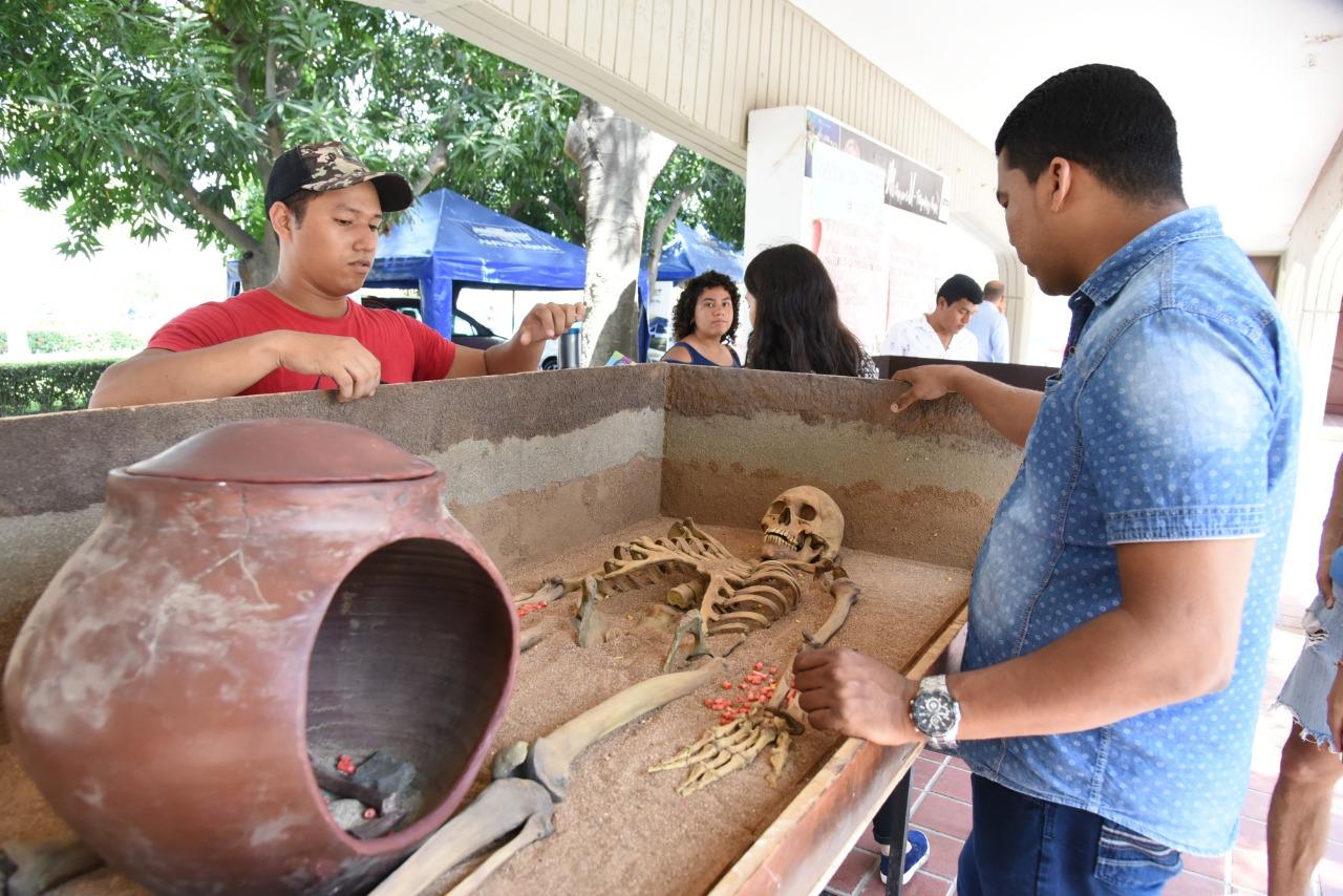 239abc269ea Unimagdalena recorre el Departamento con exposición de  Enterramientos  Prehispánicos del Caribe