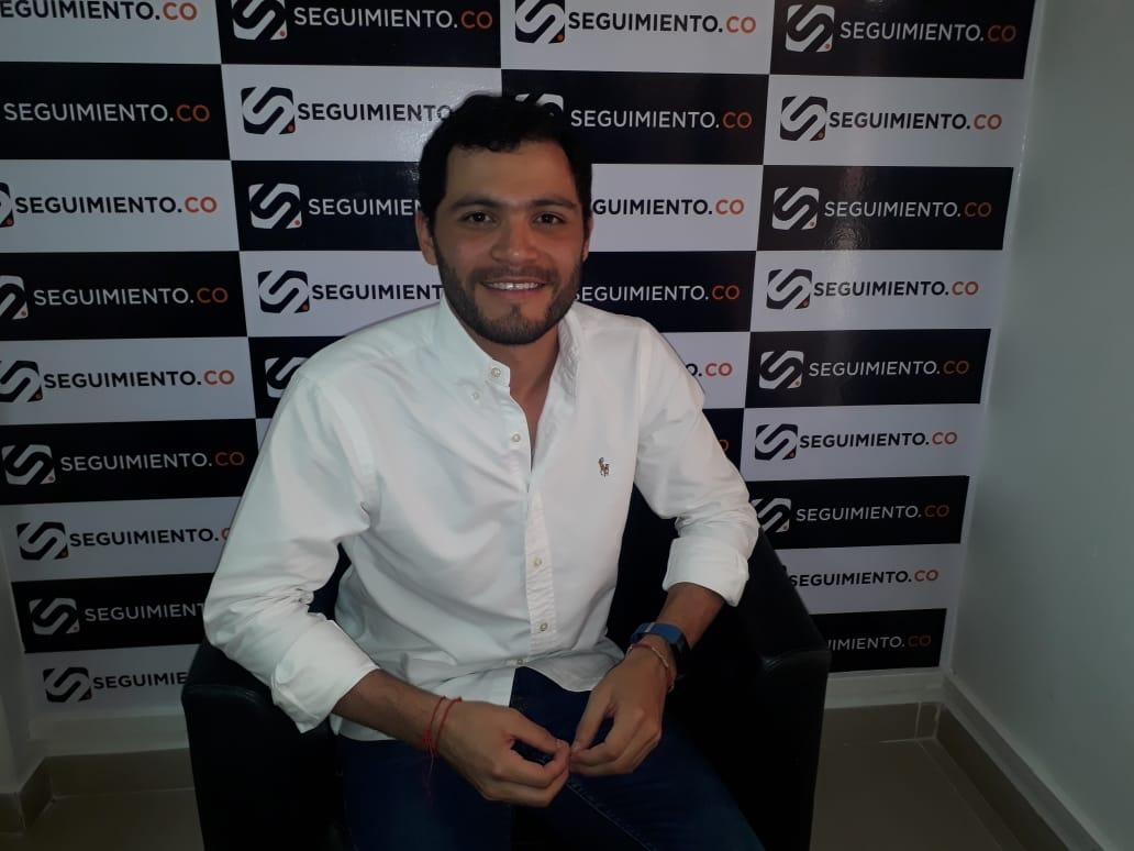 César Pereira Gallego, joven samario abogado que ha alzado su voz por las víctimas.
