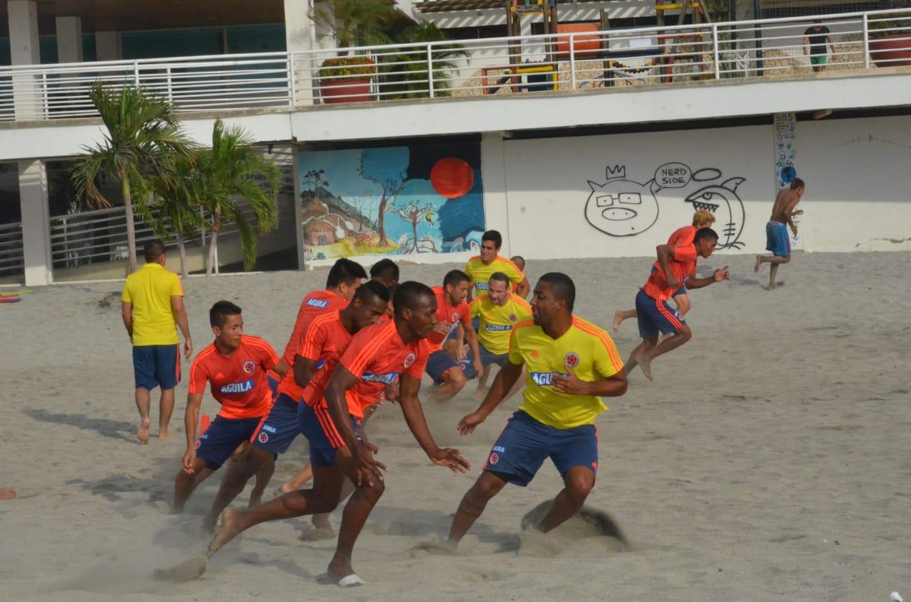 La 'Tricolor' se entrenará hasta el martes en Santa Marta y el miércoles viajará a Brasil.