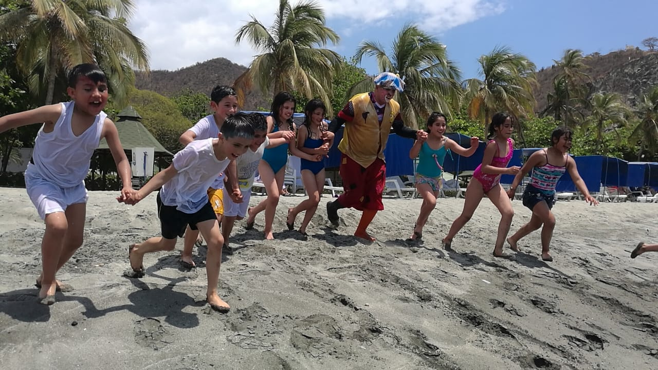 Los niños visitaron el Centro Vacacional San Fernando, de la Primera División del Ejército.