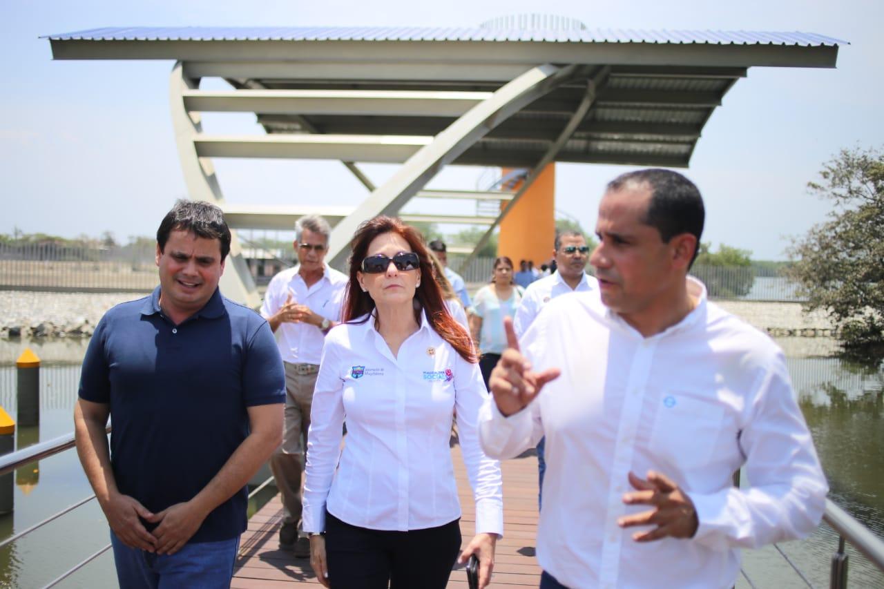 Gobernadora Rosa Cotes visitó el parador turístico de Puebloviejo.
