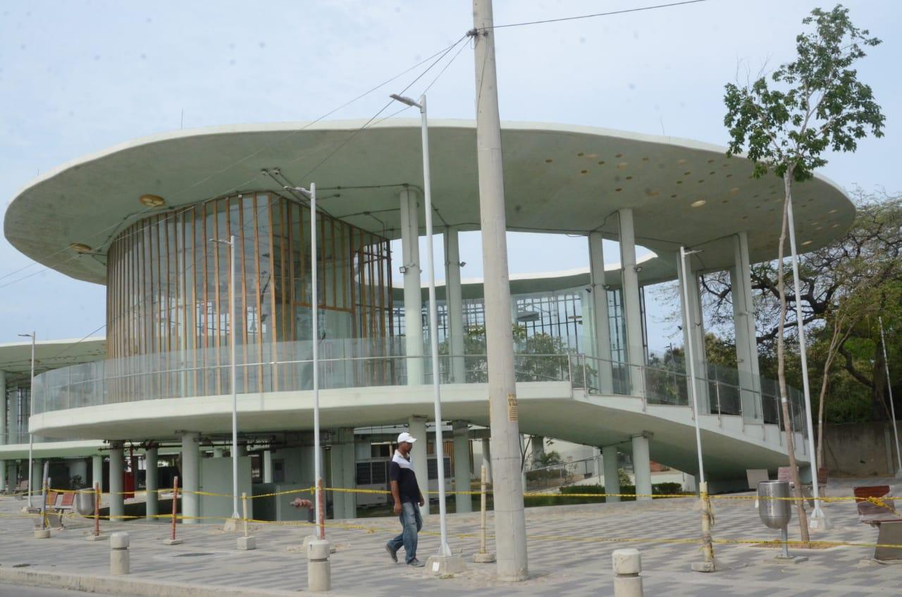 A la fecha, así se encuentra la megabiblioteca que se construye en Santa Marta.