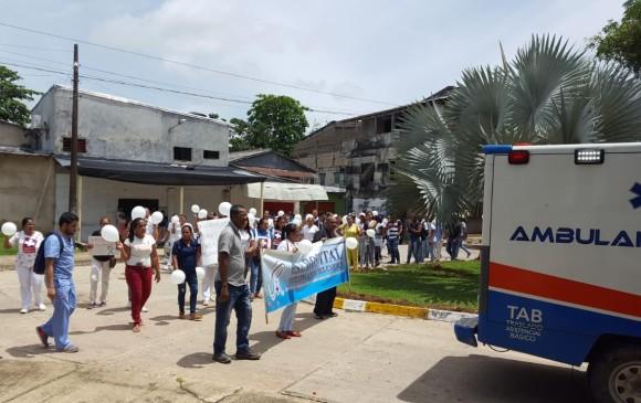 Manifestación en El Bagre contra la violencia y asesinato de joven médico